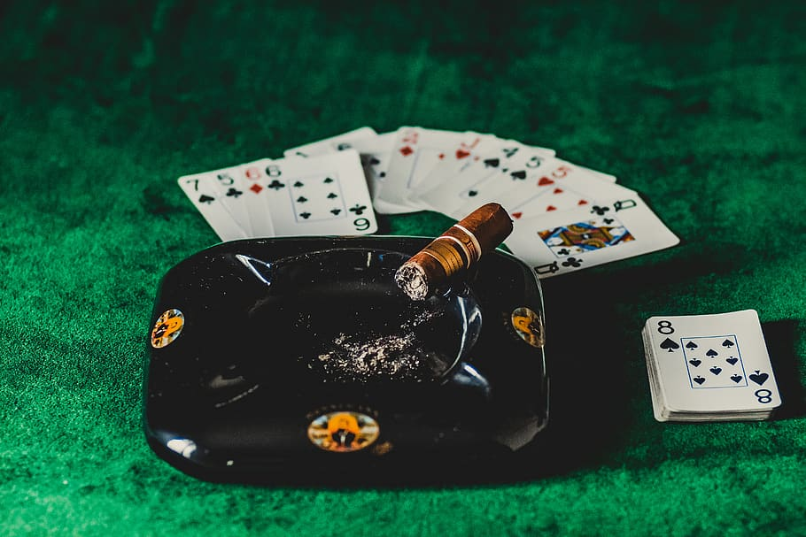 Tremendous Simple Ways The Pros Use To advertise Online Casino